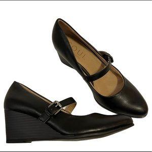 NIB Soul Naturalizer Goldie Black Wedge Shoes